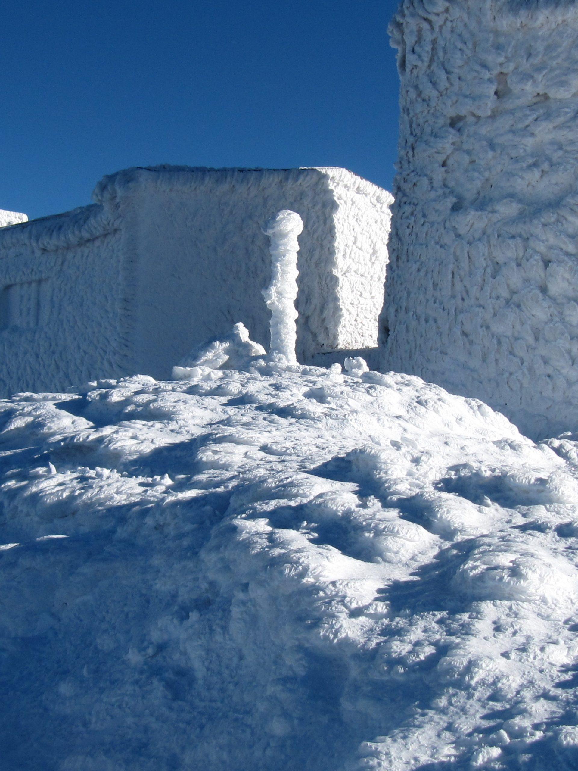 Gmach Obserwatorium zima 2009 r.
