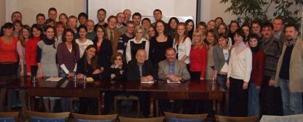 Uczestnicy I Szkoły Polsko-Rosyjskiej z Andrzejem Wajdą, 2007 r.