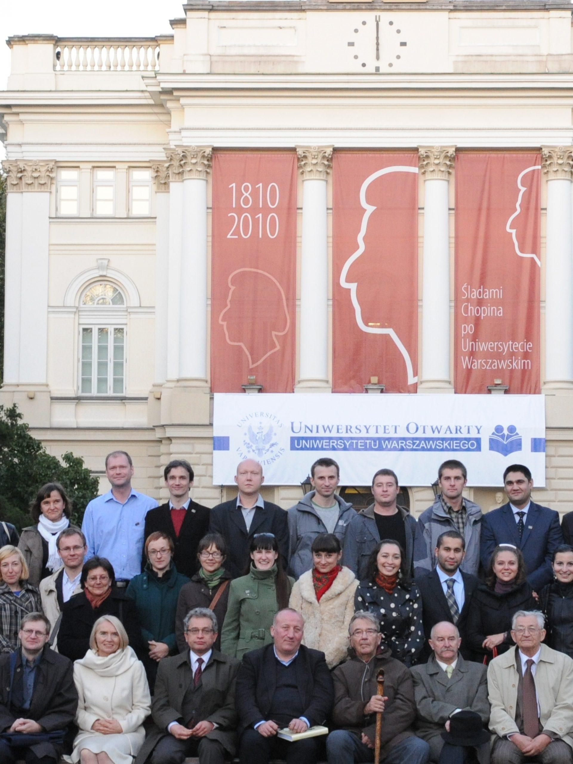 """I Zjazd Absolwentów """"Studiów Wschodnich"""" 2010"""