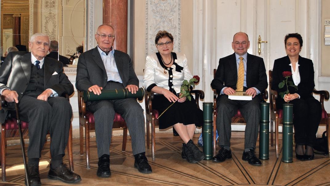 Laureaci Nagrody Przeglądu Wschodniego 2013. Od lewej: W. Kieżun., H. Wisner, T. Smirnowa, D. Frick, A. Jankowska-Marzec
